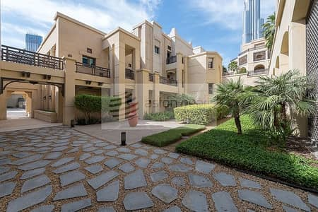 2 Bedroom Apartment for Sale in Old Town, Dubai - Spacious 2 Bedroom Ensuite with Balcony | Al Tajer