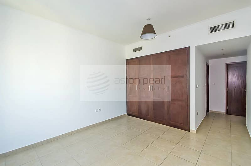 10 Perfectly Located || Two Bedroom || Boulevard View