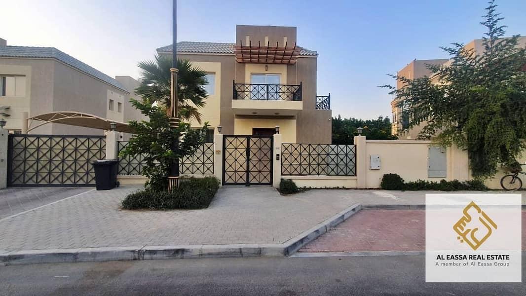 17 Exclusive   Upgraded 4BR+M villa   VOT   Genuine