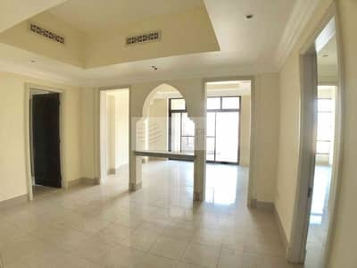3 Bedroom Apartment for Sale in Old Town, Dubai - Burj and Lake Views