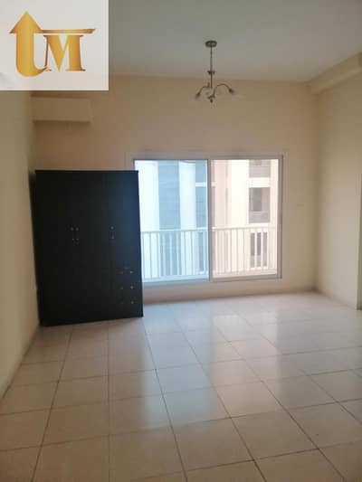 1 Bedroom Flat for Sale in International City, Dubai - Vacant One bedroom for sale in Full facility building