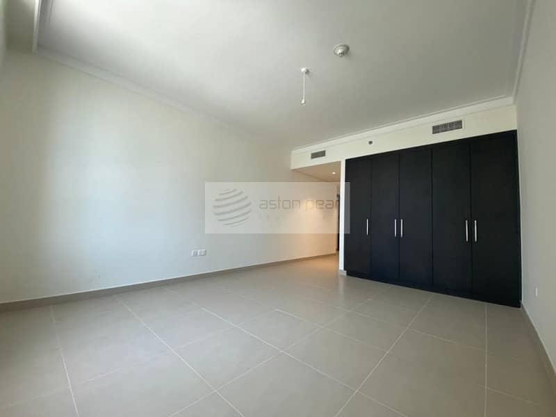 10 Pool View | 2 Bedroom + Storage |Multiple options