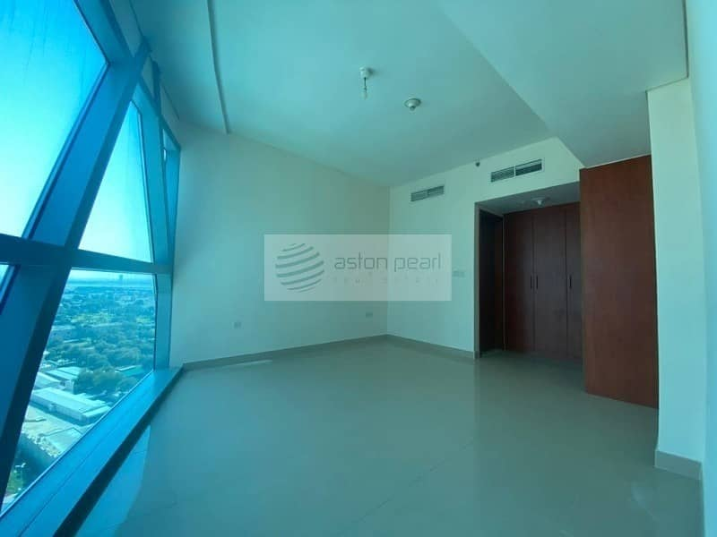 10 High Floor|Reduced Price|1BR+Balcony|Investor Deal