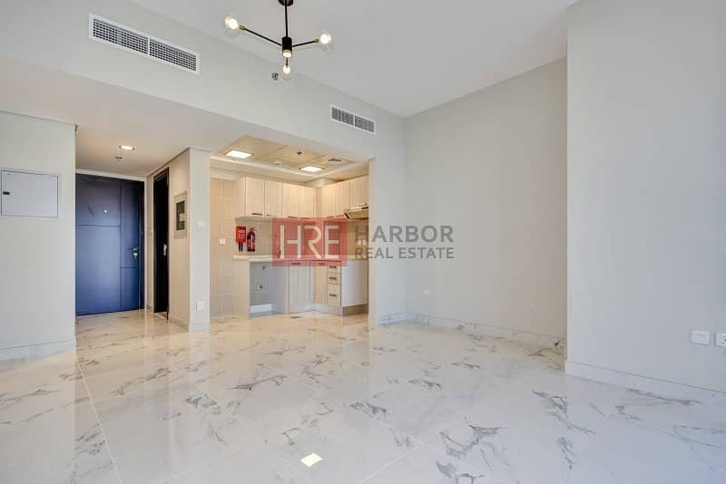 2 5% Off On 1 Cheque | Close to Expo | Marble Flooring