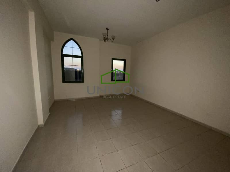 2 Distress deal  -  1bhk For Sale - Vacant