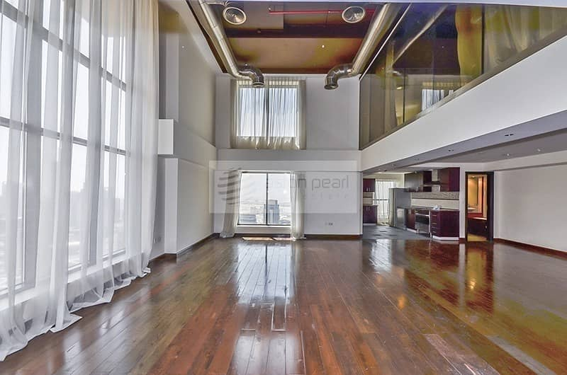 Spacious 2BR Loft Apartment with Stunning Sea View