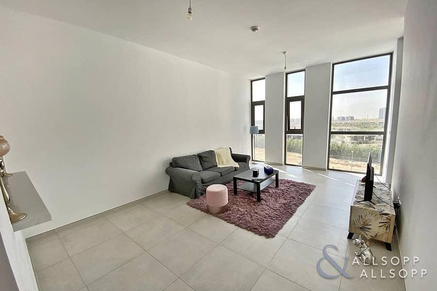 2 Modern 1 Bedroom   High Ceilings   Balcony