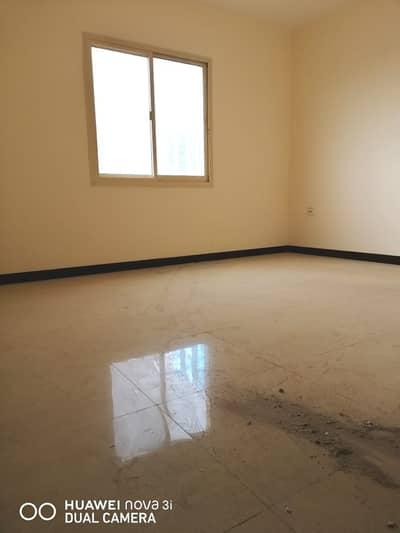 ثلاث غرف وصاله وغرفة خادمة للايجار السنوى