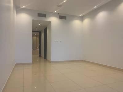 فلیٹ 3 غرف نوم للايجار في أبراج بحيرات الجميرا، دبي - مباشرة من المالك | 3 غرف نوم | عرض البحيرة | شرفة طويلة | 2 مواقف