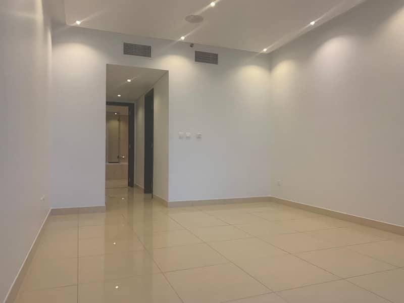 3 BEDROOM + MAID ROOM APARTMENT WITH LONG BALCONY ON HIGH FLOOR OF MOVENPICK HOTEL TOWER FOR RENT