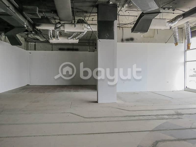 Big Showroom for Rent-Facing Main Road-Directly from the Landlord (No Commissions)