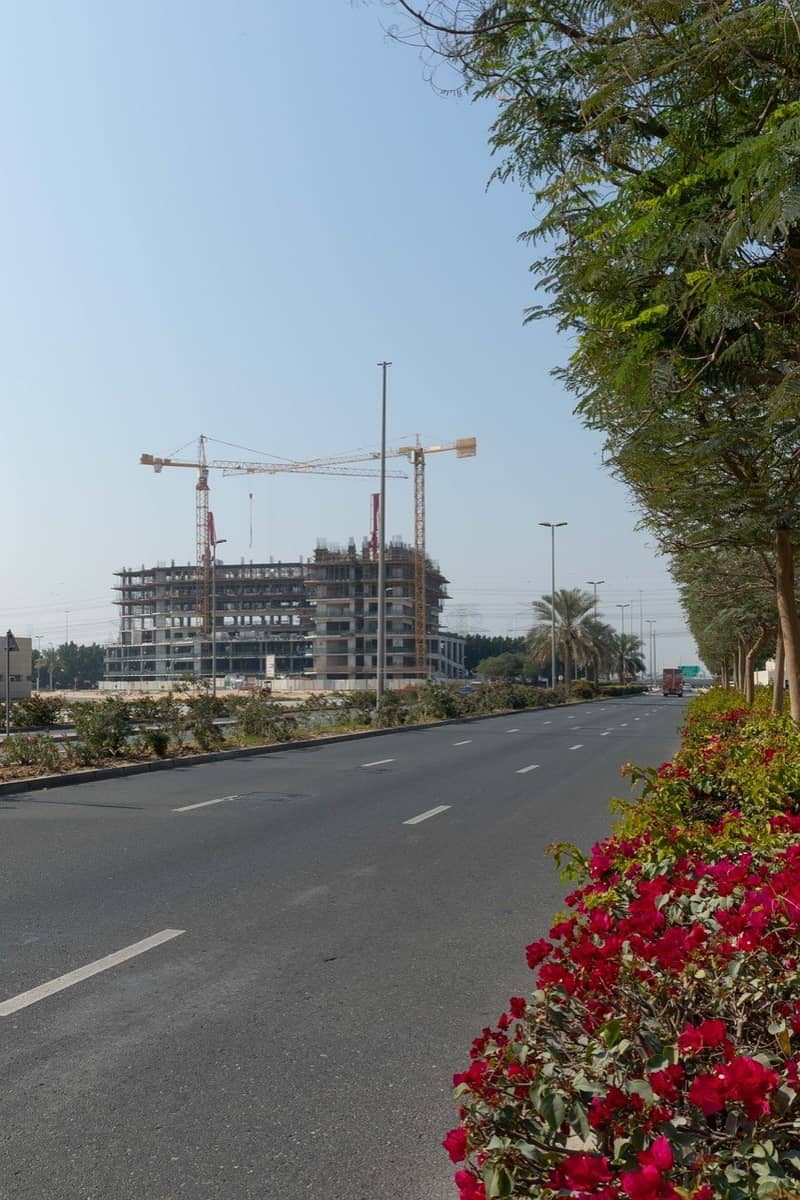 14 000 dirhams in installments