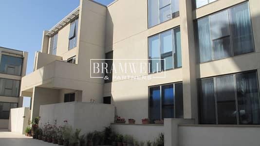 فیلا 6 غرف نوم للبيع في شاطئ الراحة، أبوظبي - Marvelous 6 Bedroom with Amazing Sea View!