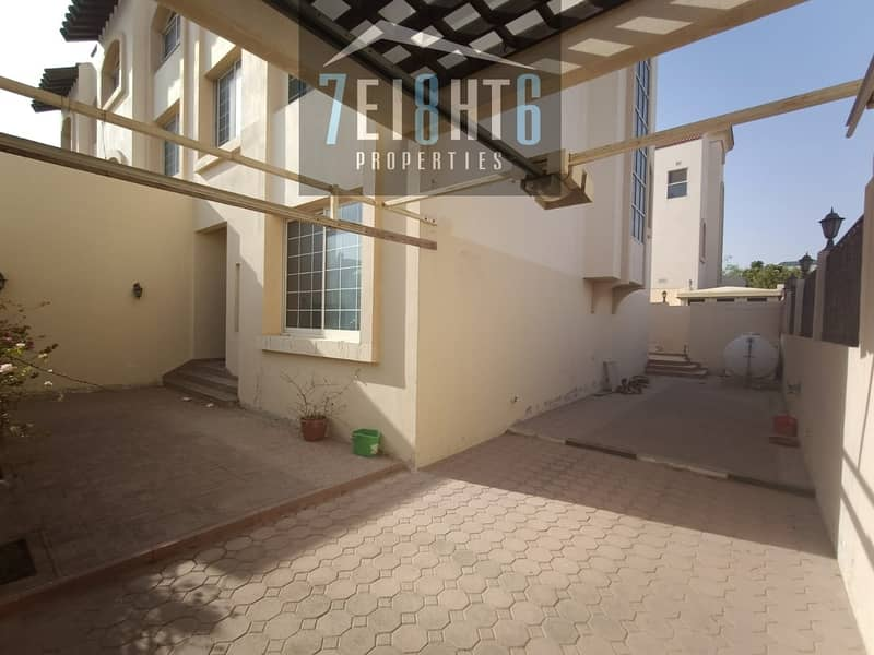 13 Outstanding property:  4 b/r good quality semi-independent villa + maids room + sharing s/pool + large garden