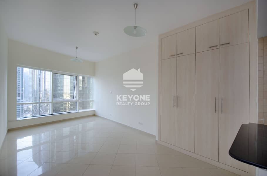 2 Upgraded Stunning View | Spacious Studio Apartment