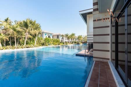 5 Bedroom Villa for Sale in Palm Jumeirah, Dubai - Spacious Terrace | Private Gym | Private Beach