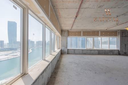 طابق سكني  للبيع في الخليج التجاري، دبي - Full Floor   Shell and Core   Canal View
