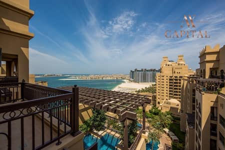 4 Bedroom Penthouse for Sale in Palm Jumeirah, Dubai - Fully Upgraded | Private Pool | Renovated Unit