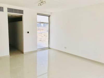4 Bedroom Townhouse for Sale in Jumeirah Village Circle (JVC), Dubai - us | 3 BR with Study Townhouse