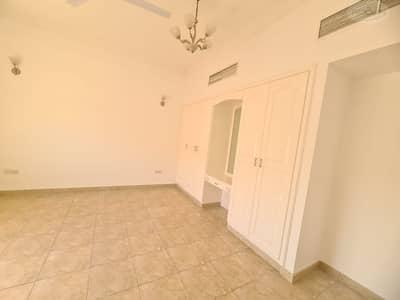 5 Bedroom Villa for Rent in Al Safa, Dubai - 5 bed room excellent villa with separate majlis for rent in Al Safa 2