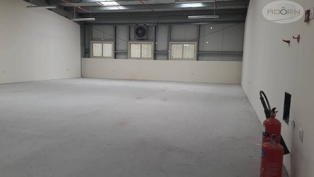 2 4609 sq ft Commercial warehouse power 33kw for rent