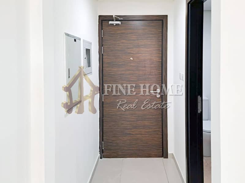 2 Vacant Now: Nice and Clean 1BHK with Balcony