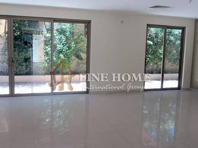 4 Bedroom Townhouse for Sale in Al Raha Gardens, Abu Dhabi - Spacious Corner 4BR Townhouse with Balconies