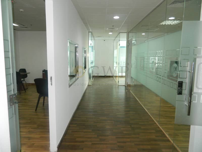 20 Glass Partitions| 1360 Sq.Ft.|Solid Wood flooring