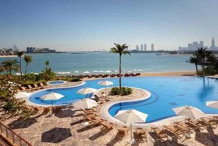 2 Bedroom Apartment for Rent in Palm Jumeirah, Dubai - All Bills Included | Beach and Pool Access