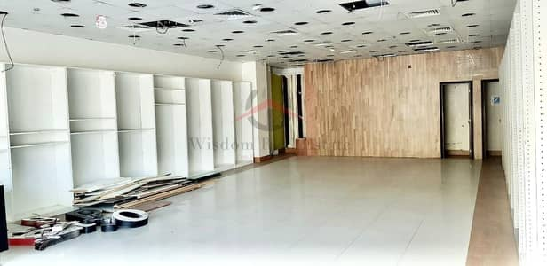 Shop for Rent in Bur Dubai, Dubai - Direct From Owner   Road Facing Retail   2 Months Free