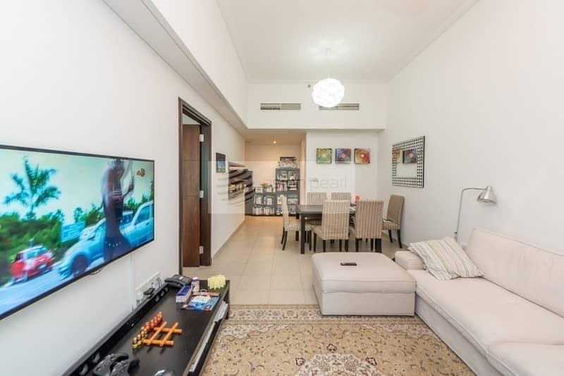 Exclusive    Best Layout 1 Bedroom    High Floor