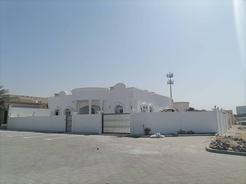 COMMERCIAL VILLA  | SUITABLE FOR NURSERY / CLINIC / PARLOUR / RESTAURANT | 05 BED VILLA IN AL JERF 2 - AJMAN MAIN ROAD