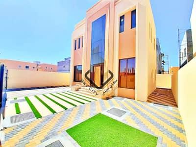 فیلا 3 غرف نوم للبيع في الياسمين، عجمان - فيلا مودرن للبيع تصميم اوربي فاخر  وتشطيبات بوجوده عاليه بارقي المواقع وقريب من كافه الخدمات بعجمان وكافه التسهيلات البنكيه