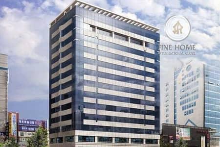 مبنی تجاري  للبيع في مصفح، أبوظبي - Commercial Building | 7 F | 30 Apt | 4 Offices