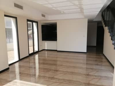 corner unit | 4 bedroom with maid room | elevator | kitchen with built in appliances
