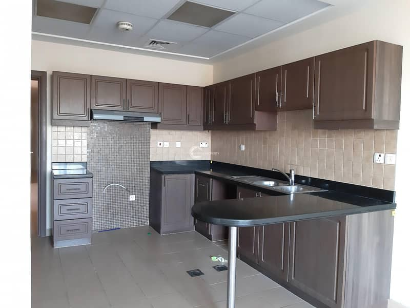 13 Near To Pool & Close Kitchen With Free Maintenance
