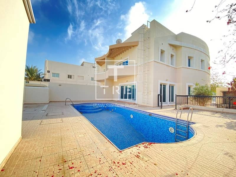 1 Stunning 4 Bedroom Villa | Private Pool & Garden