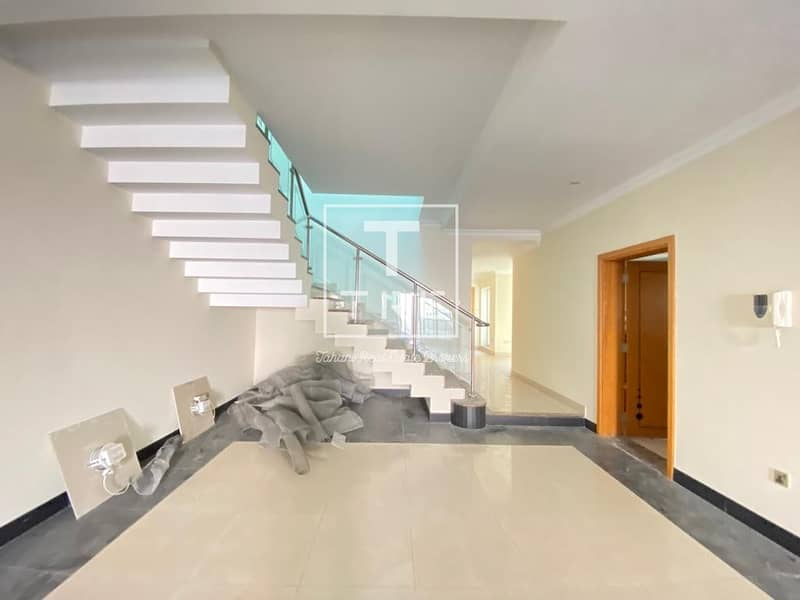 2 Stunning 4 Bedroom Villa | Private Pool & Garden