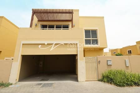 3 Bedroom Villa for Rent in Al Raha Gardens, Abu Dhabi - Live Now with Your Family In This Huge Villa