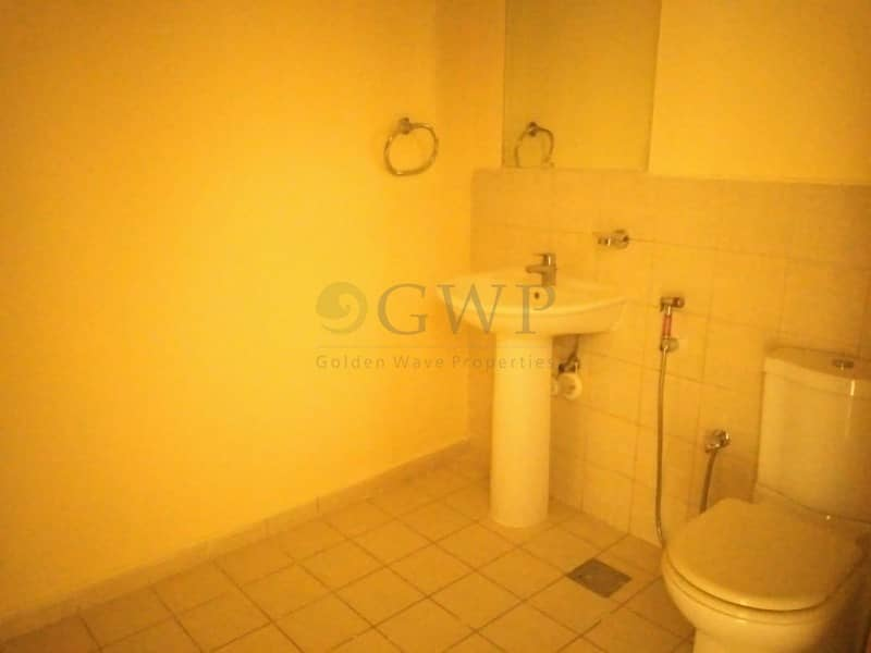 19 Rare | Vacant | Ground Floor | With Private Courtyard |