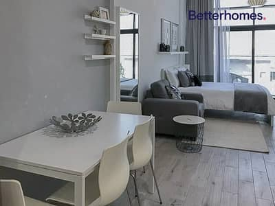 Upgraded| Balcony| Fully Furnished| Vacant