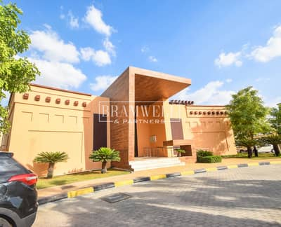 5 Bedroom Villa for Rent in Al Maqtaa, Abu Dhabi - Amazing Stand Alone Villa Available Now!
