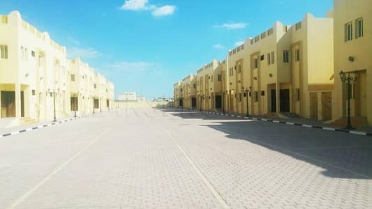 11 Bedroom Villa Compound for Rent in Khalifa City A, Abu Dhabi - 30 Villas Independent Compound In KCA for Staff