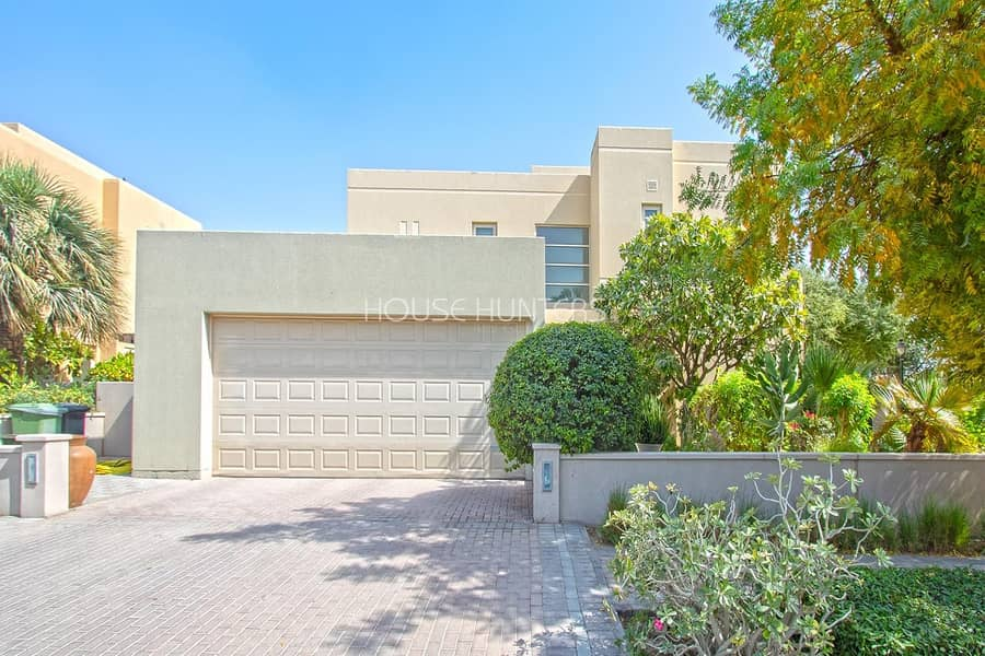 2 Exclusive|Best location|5 bed|Private pool