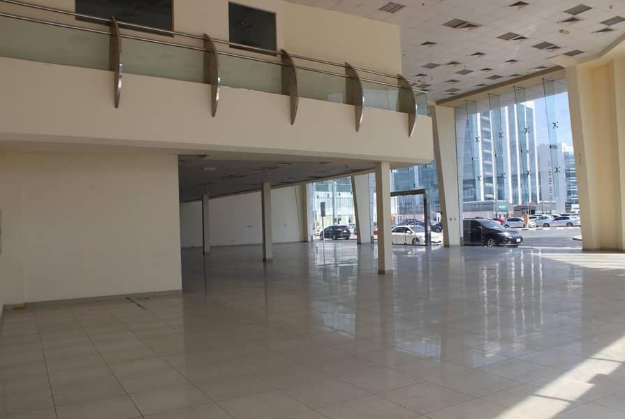 12 LARGE Showroom in Port Saeed Near DNATA Deira