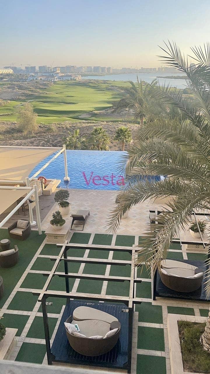 Waterfront villa, sea view, garage, private Marina berth
