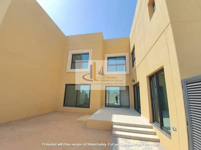 4 Bedroom Villa for Sale in Sharjah Sustainable City, Sharjah - Owned in the most prestigious place in the Emirate of Sharjah, a 4-room villa in Al-Rahmaniyah