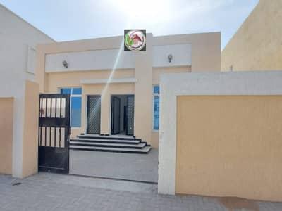 فیلا 3 غرف نوم للبيع في الياسمين، عجمان - فيلا طابق ارضي للبيع علي شارع جار بسعر لقطة من المالك مباشرة مع تسهيلات ف الدفعات لمدة 300 شهر