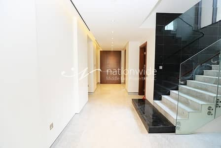 4 Bedroom Villa for Sale in Saadiyat Island, Abu Dhabi - Own This Luxurious Villa In A Convenient Location