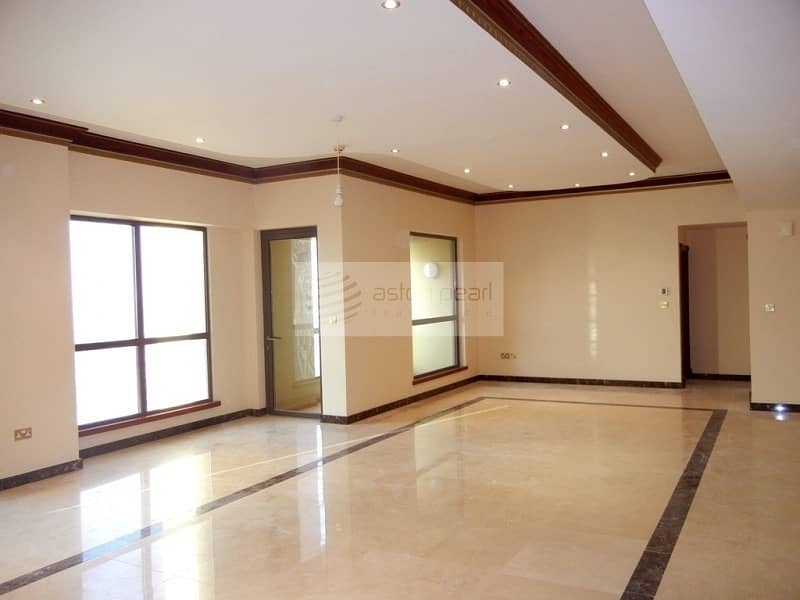 2 Exclusive|Fully Upgraded| 4BR+M+Storage|2 Parkings